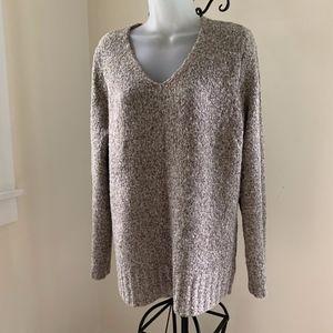 Tunic Length V-neck Sweater